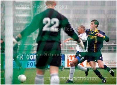 AD/HC - TONEGIDO tegen HAAGLANDIA - aanval Haaglandia - VOORBURG 5 FEBRUARI 2006 - FOTO NICO SCHOUTEN