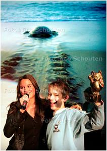 AD/HC - WNF KINDERFOTOWEDSTRIJD - DEN HAAG 21 NOVEMBER 2006 - FOTO NICO SCHOUTEN