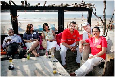 AD/HC - Strandfeest Beachclub Whoosah - voor 'Bij Ons in Den Haag' - SCHEVENINGEN 6 JULI 2006 - FOTO NICO SCHOUTEN