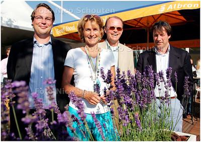 AD/HC - METS SIEMENS OPEN, bijeenkomst in het kader van het Juliana Kinderziekenhuis - bij verhaal Gijsbert Spierenburg - SCHEVENINGEN 11 JULI 2006 - FOTO NICO SCHOUTEN