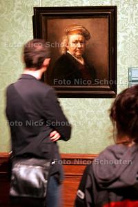 AD/HC - 'Een zomer van Rembrandt' met recente restauraties in het Mauritshuis - DEN HAAG 26 JUNI 2006 - FOTO NICO SCHOUTEN