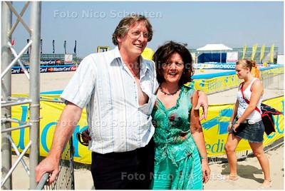 AD/HC - Brunotti Beachsport stadion, Frank van Overeem en Yvonne Tendeloo  - SCHEVENINGEN 30 JUNI 2006 - FOTO NICO SCHOUTEN