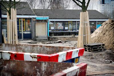 AD/HC - school Nieuw Vreugd en Rust wordt verbouwd - VOORBURG 6 MAART 2006 - FOTO NICO SCHOUTEN
