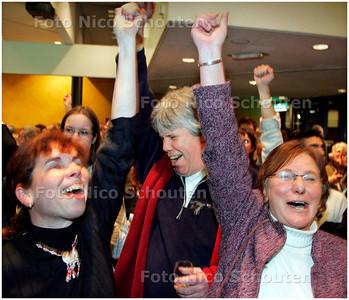 AD/HC - GEMEENTERAADSVERKIEZINGEN VOORBURG - PvdA wint - VOORBURG 7 MAART 2006 - FOTO NICO SCHOUTEN
