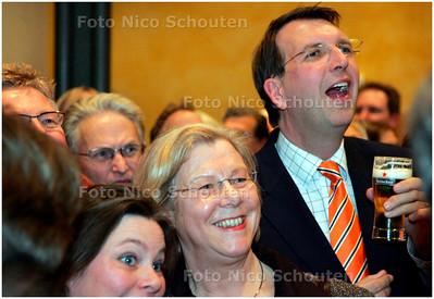 AD/HC - GEMEENTERAADSVERKIEZINGEN VOORBURG - VVD wint - VOORBURG 7 MAART 2006 - FOTO NICO SCHOUTEN