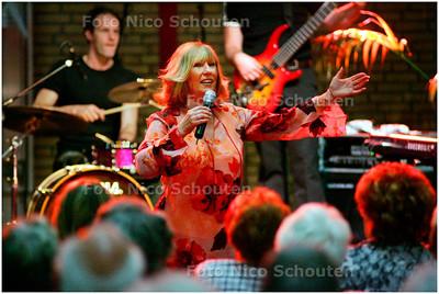 AD/HC - SENIOREN MANIFESTATIE - Willeke alberti - DEN HAAG 20 MEI 2006 - FOTO NICO SCHOUTEN