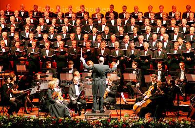 AD-HC - westlands mannenkoor geeft jubileumconcert  - DEN HAAG 20 OKTOBER 2006 -FOTO NICO SCHOUTEN