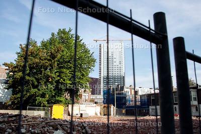 AD/HC - GROTE PLATAAN MOET WIJKEN VOOR NIEUWBOUW, Hoek Stationsweg/oranjelaan - DEN HAAG 15 SEPTEMBER 2006 - FOTO NICO SCHOUTEN
