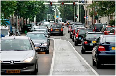 AD/HC - Autoverkeer op de Laan Copes van Cattenburch (zicht naar de burgemeester Patijnlaan) - DEN HAAG 31 AUGUSTUS 2007 - FOTO NICO SCHOUTEN