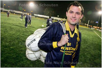 AD/HC - Voetballer Dominique Broekhuizen van Haaglandia - RIJSWIJK 4 DECEMBER 2007 - FOTO NICO SCHOUTEN