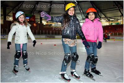 AD/HC - Silverdome, afsluitende les fun-schoolschaatsen, shorttrack - ZOERTERMEER 18 DECEMBER 2007 - FOTO NICO SCHOUTEN