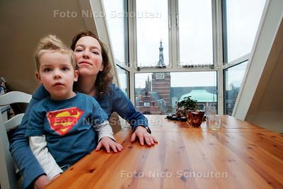 AD/HC - Fam. Schelling woont in oude TU-bibliotheek - DELFT 4 JANUARI 2006 - FOTO NICO SCHOUTEN