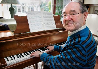 AD/HC - Dirigent Ad de Groot wordt 80 jaar - MONSTER 15 JANUARI 2007 - FOTO NICO SCHOUTEN