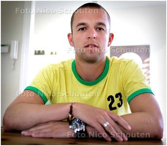 AD/HC - voetballer wouter van der kolk, Vitesse Delft - DEN HAAG 3 MEI 2007 - FOTO NICO SCHOUTEN