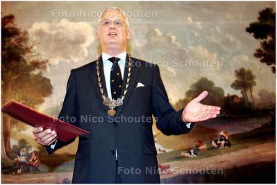 AD/HC - de nieuwe burgemeester van Leidschendam-Voorburg, Hans van der Sluijs - VOORBURG 8 NOVEMBER 2007 - FOTO NICO SCHOUTEN