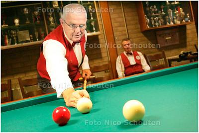 AD/HC - Biljartfoto van Haagse kampioen in kaderspel (bij verhaal Eric Winkster) DEN HAAG 17 NOVEMEMBER 2007 - FOTO NICO SCHOUTEN