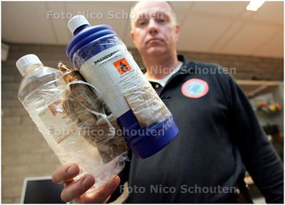 AD/HC - BRANDBOM GEVONDEN IN SCHOOLKLUISJE - DEN HAAG 14 NOVEMBER 2007 - FOTO NICO SCHOUTEN
