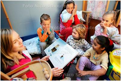 AD/HC - Pyjama-ochtend in basisschool Noordeinde - ZOETERMEER 5 OKTOBER 2007 - FOTO NICO SCHOUTEN