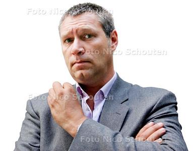 AD/HC - SJAAK BRAL - foto voor haagse collum - DEN HAAG 3 SEPTEMBER 1 SEPTEMBER 2007 - FOTO NICO SCHOUTEN