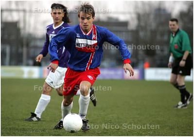 AD/HC - Voetbalwedstrijd Vredenburch-Escamp - RIJSWIJK 10 APRIL 2008 - FOTO NICO SCHOUTEN
