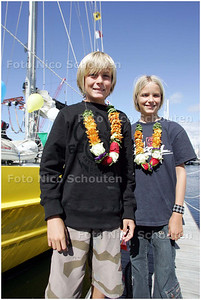 AD/HC - Zeilschip de Pelikaan komt na drie jaar de wereld rondreizen aan met haags gezin vincent, iris en twee kinderen - DEN HAAG 23 AUGUSTUS 2008 - FOTO NICO SCHOUTEN