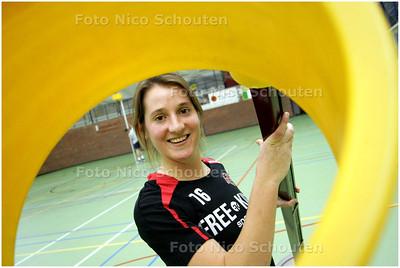 AD/HC - KVS-korfbalster Saskia van Veen - DEN HAAG 4 DECEMBER 2008 - FOTO NICO SCHOUTEN