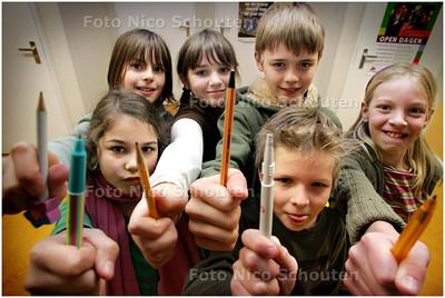 AD/HC - KONINKLIJKE BRIEVENSCHRIJVERS BASISSCHOOL DE TJALK - ZOETERMEER 21 FEBRUARI  2008 - FOTO NICO SCHOUTEN