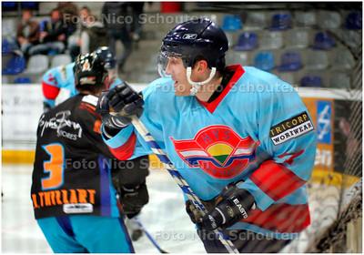 AD/HC - HYS-speler Jan Bohac, ijshockey - DEN HAAG 11 JANUARI 2008 - FOTO NICO SCHOUTEN