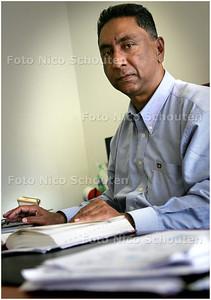 AD/HC - directeur mohamed van het Nova College - DEN HAAG 18 JUNI 2008 - FOTO NICO SCHOUTEN