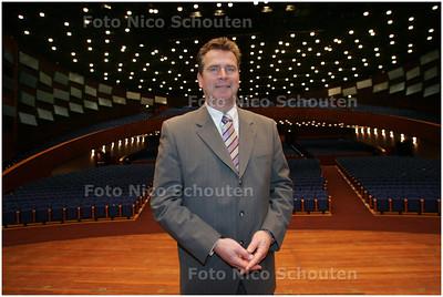 AD/HC - interview Leen van Antwerpen, voorzitter Westlands Mannenkoor - DEN HAAG 4 MAART 2008 - FOTO NICO SCHOUTEN
