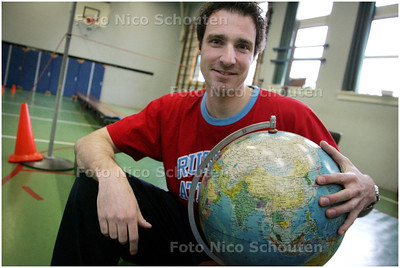 AD/HC - voetballer mike lakwijk van sev, die binnenkort naar china emigreert - DEN HAAG 10 MAART 2008 - FOTO NICO SCHOUTEN