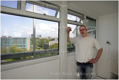 AD/HC - Lorenz van der Riet heeft een woning, aan het Zalkerbos, met prachtig uitzicht gekocht - ZOETERMEER 2 MEI 2008 - FOTO NICO SCHOUTEN