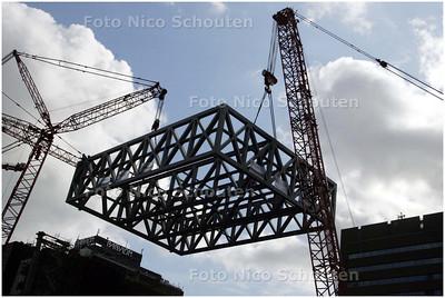 AD/HC - Takelen constructie op New Babaylon - DEN HAAG 10 SEPTEMBER 2008 FOTO NICO SCHOUTEN