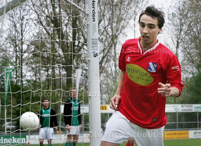 HC cup - voetbal: GDA-DHC - doelpuntmaker Daina Ridderhof heeft de bevrijdende 3-1 in gekopt - DEN HAAG 16 APRIL 2009 - FOTO NICO SCHOUTEN