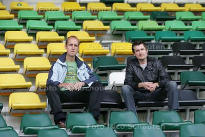 Steven van Santen en Jeffrey Hakkesteegt zijn afgestudeerd op een onderzoek naar de supportersstromen van ado den haag - DEN HAAG 26 AUGUSTUS 2009 - FOTO NICO SCHOUTEN