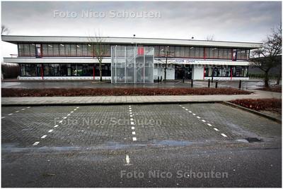 AD/HC - Rel over vermindering parkeerplaatsen kringloopcemtrum Pelgrimshoeve - ZOETERMEER 5 FEBRUARI 2009 - FOTO NICO SCHOUTEN