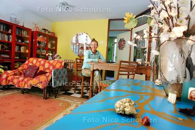 HDT / Woning van Thecla Jorna voor de wonen2 van zaterdag - DEN HAAG 28 JULI 2009 - FOTO NICO SCHOUTEN