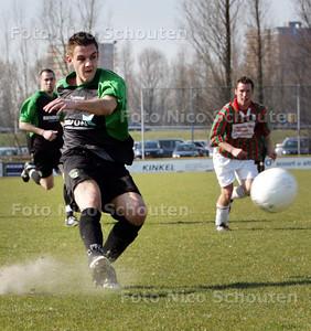 AD/HC - voetbalwedstrijd DSO-DUNO - duno maakt 0-2. Maker, Jury Selder - ZOETERMEER 21 MAART 2009 - FOTO NICO SCHOUTEN