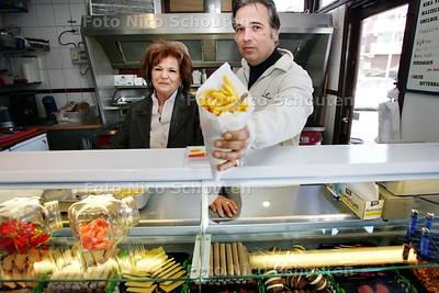 AD/HC - snackbar De Mazzel - ZOETERMEER 6 MAART 2009 - FOTO NICO SCHOUTEN