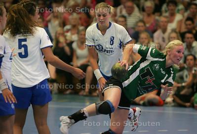 Handbalfinale Hella-VOC  DEN HAAG 30 MEI 2009 - FOTO NICO SCHOUTEN