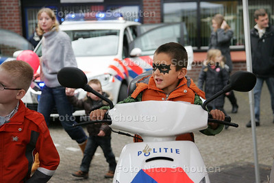 Open dag politie - ZOETERMEER 10 OKTOBER 2009 - FOTO NICO SCHOUTEN