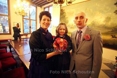 Karin en Mark Jonker trouwen vandaag - VOORBURG 17 DECEMBER 2010 - FOTO NICO SCHOUTEN