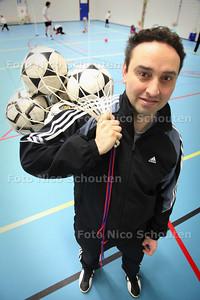 Voorzitter Marc Stroo van nieuwe korfbalvereniging Lynx - DEN HAAG 11 DECMBER 2010 - FOTO NICO SCHOUTEN