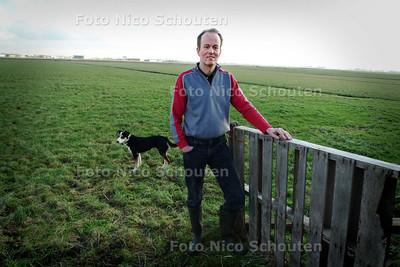 Boer van der Harg wil niet van zijn land - PIJNACKER 3 FEBRUARI 2010 - FOTO NICO SCHOUTEN
