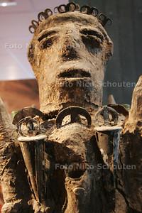Expo 'voodoo anders bekeken' - ZOETERMEER 7 JANUARI 2009 - FOTO NICO SCHOUTEN