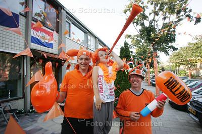 Oranjehuis Tolland 98 - WATERINGEN 5 JULI 2010 - FOTO NICO SCHOUTEN