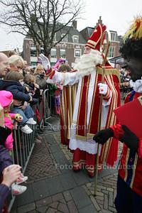 Intocht Sinterklaas - NAALDWIJK 13 NOVEMBER 2010 - FOTO NICO SCHOUTEN