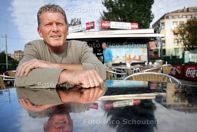 Roel Zandbergen, voetbaltrainer van BSC'68 - DEN HAAG 5 OKTOBER 2010 - FOTO NICO SCHOUTEN