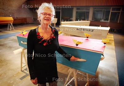Thea van Loon van podium De Regentenkamer - DEN HAAG 10 SEPTEMBER 2010 - FOTO NICO SCHOUTEN