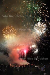 Vuurwerkfestival Scheveningen - Duitsland - DEN HAAG 12 AUGUSTUS 2011 - FOTO NICO SCHOUTEN